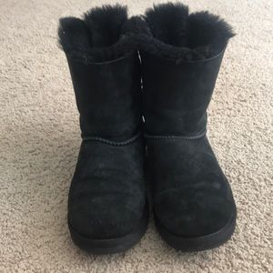 Women's size 5 black bailey bow Uggs!💓